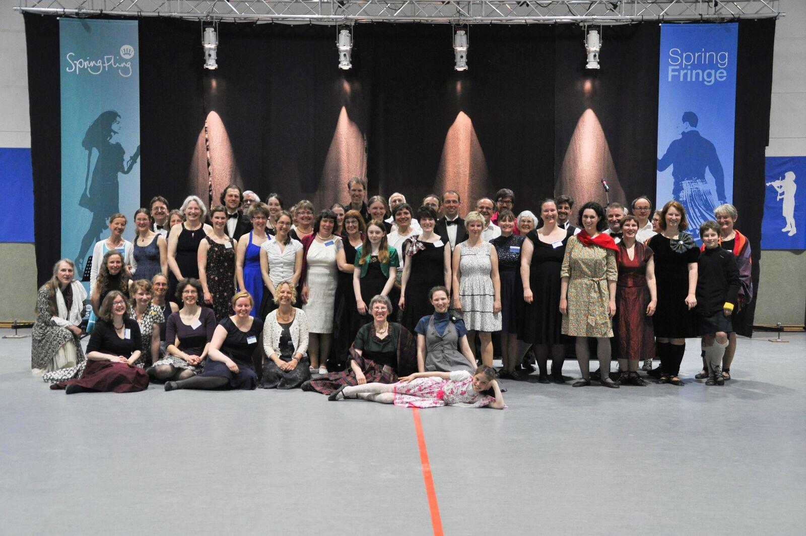 """Mitglieder der Central Germany Branch am Ballabend der Veranstaltung """"Spring Fling / Spring Fringe 2017"""""""